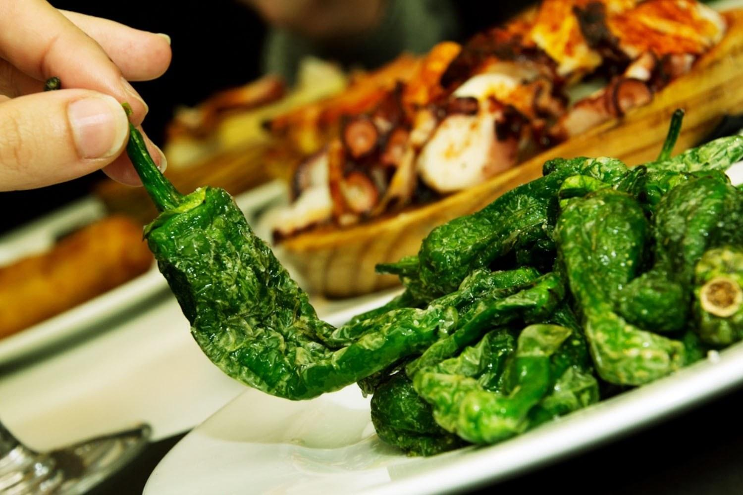 Tapas tour Barcelona. Traditional peppers