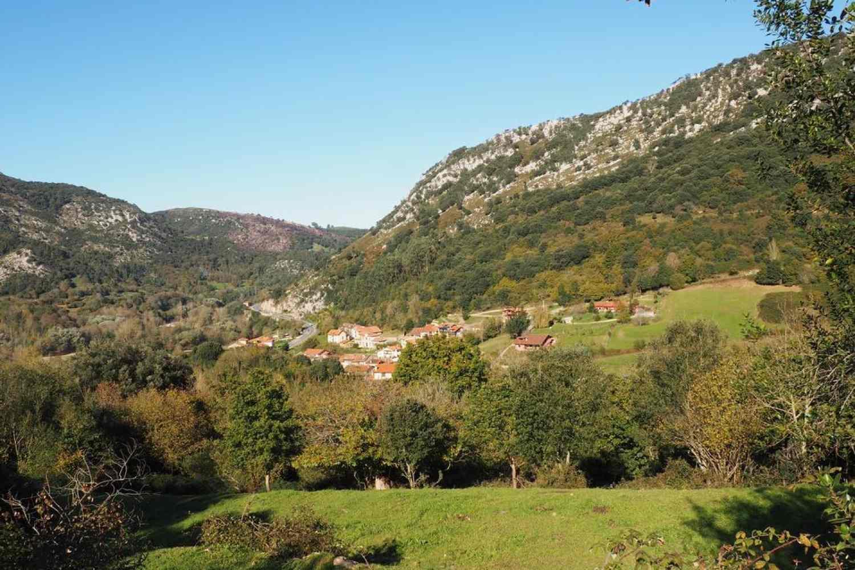 Escapada en Asturias. Paisaje desde el alojamiento rural