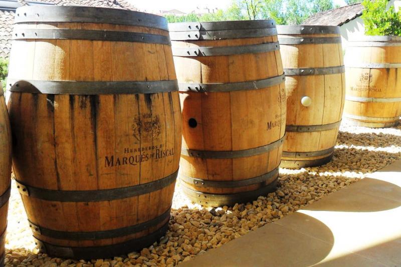 Marqu s de riscal winery tour with lunch elciego rioja - Arquitecto bodegas marques de riscal ...