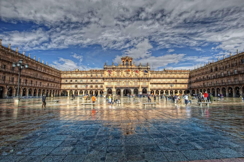 Vistas de escapada en Salamanca con plaza mayor