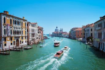 Private Grand Canal Cruise Ship Excursion