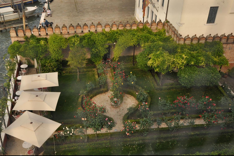 Private Venice Secret Gardens Walking Tours