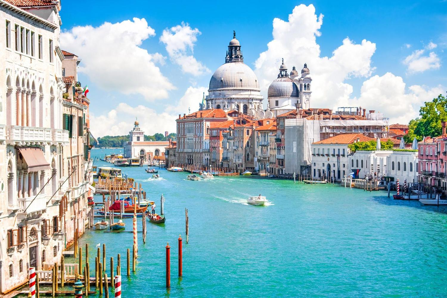 Avventure Bellissime's Small group Grand Canal Boat tour