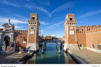 Small Group Grand Canal and Secret Corners of Venice by Boat - Arsenal