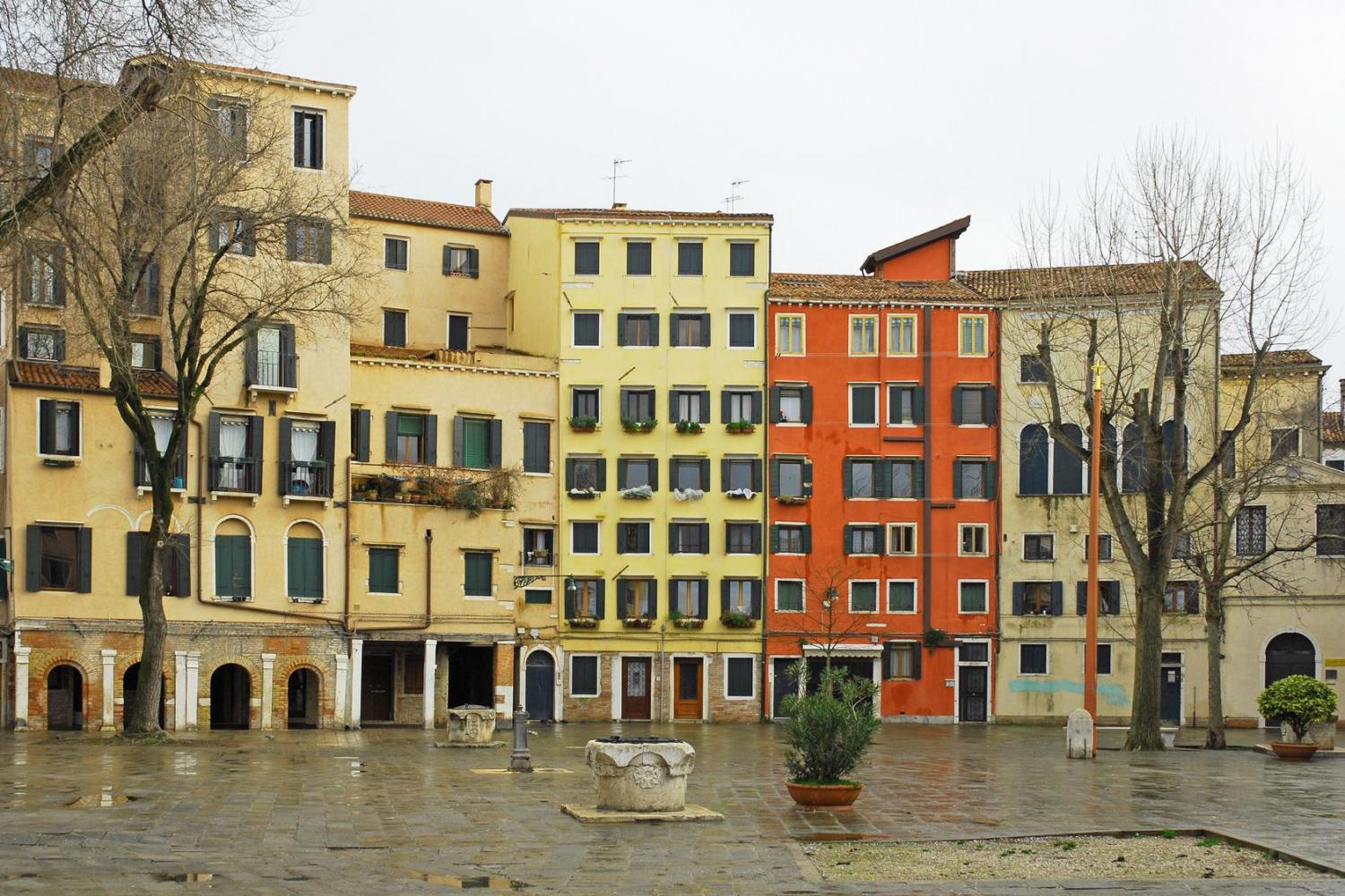Small Group Grand Canal and Secret Corners of Venice by Boat - Jewish Ghetto