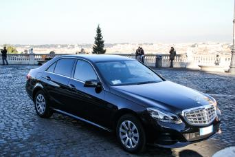 Mercedes vehicle -private tours of Italy