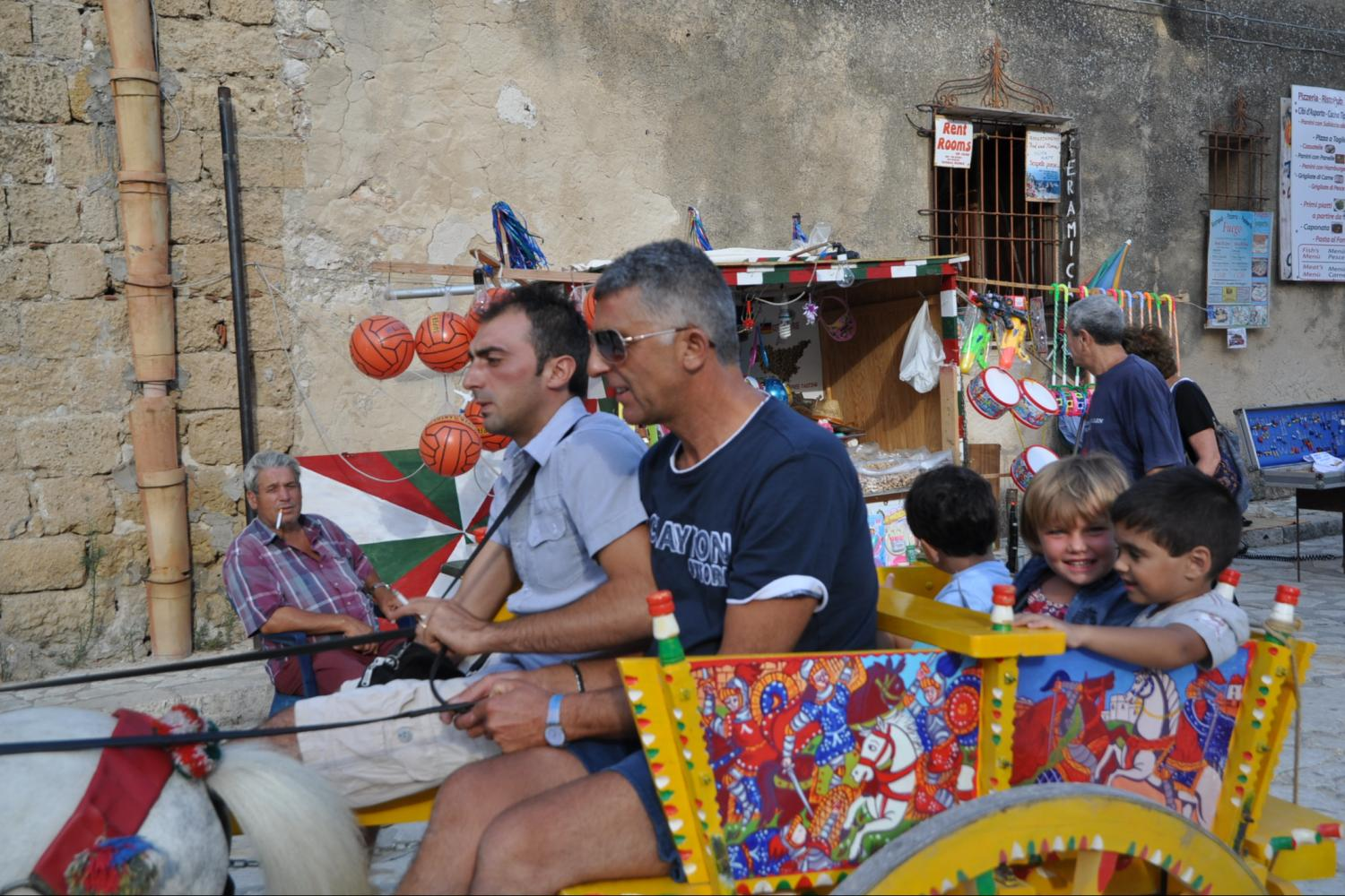 Essence of Sicily package tour_Sicilian traditions