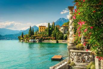 Private Lake Como by car Day Tour from Milan