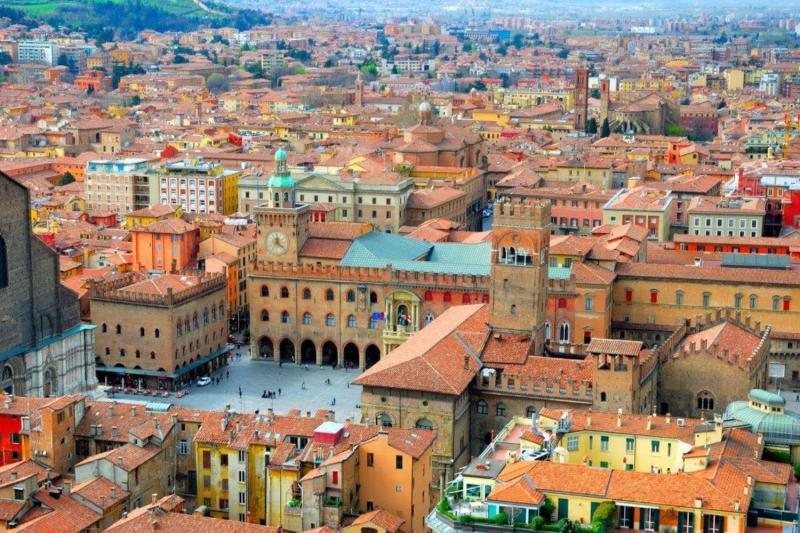 Private Florence Day Tour to Bologna and Modena with tasting