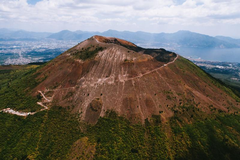 Mount Vesuvius Hike & Wine Tour