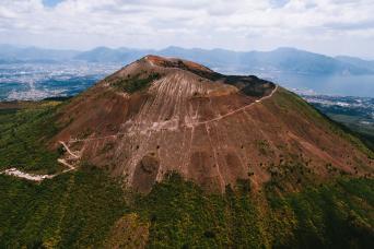 Mount Vesuvius Hike & Wine Tour