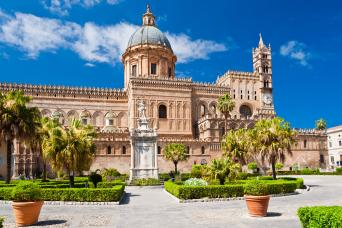 Private Palermo Walking and Food market Tour