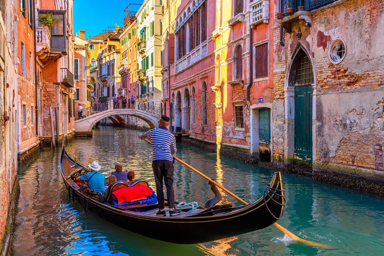 Avventure Bellissime Venice Gondola Ride