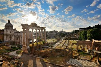 Colosseum and Ancient forum skip the line tours