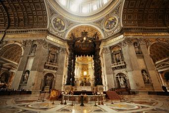 Vatican tours museum