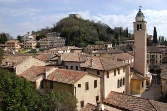 Small Group Hill Towns of Veneto Venice Day Trips - Asolo