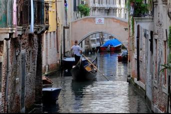 Private Venice Gondola Ride Experience