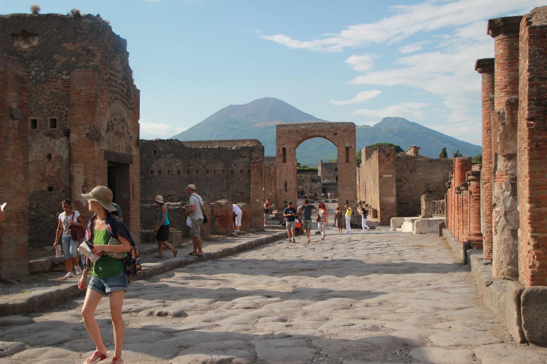 Small group Pompeii Tours
