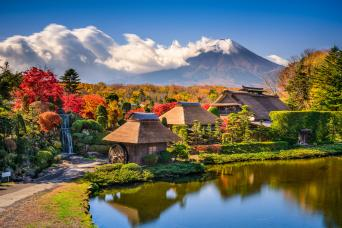 Mount Fuji from Hakone Onsen and Oshino Village