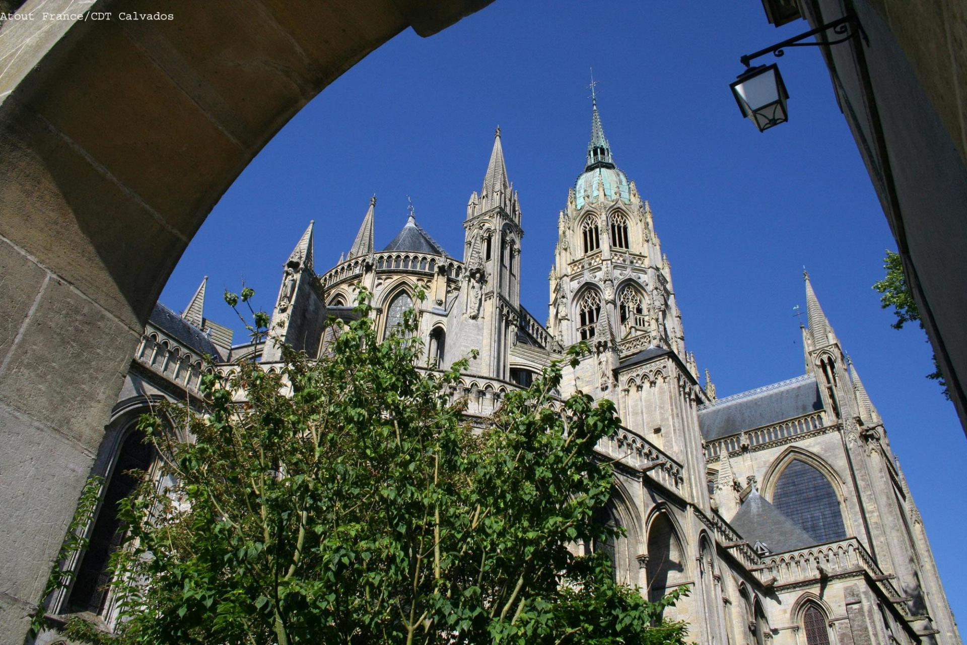 Cathedral of Bayeux, cycling in France, Atout France