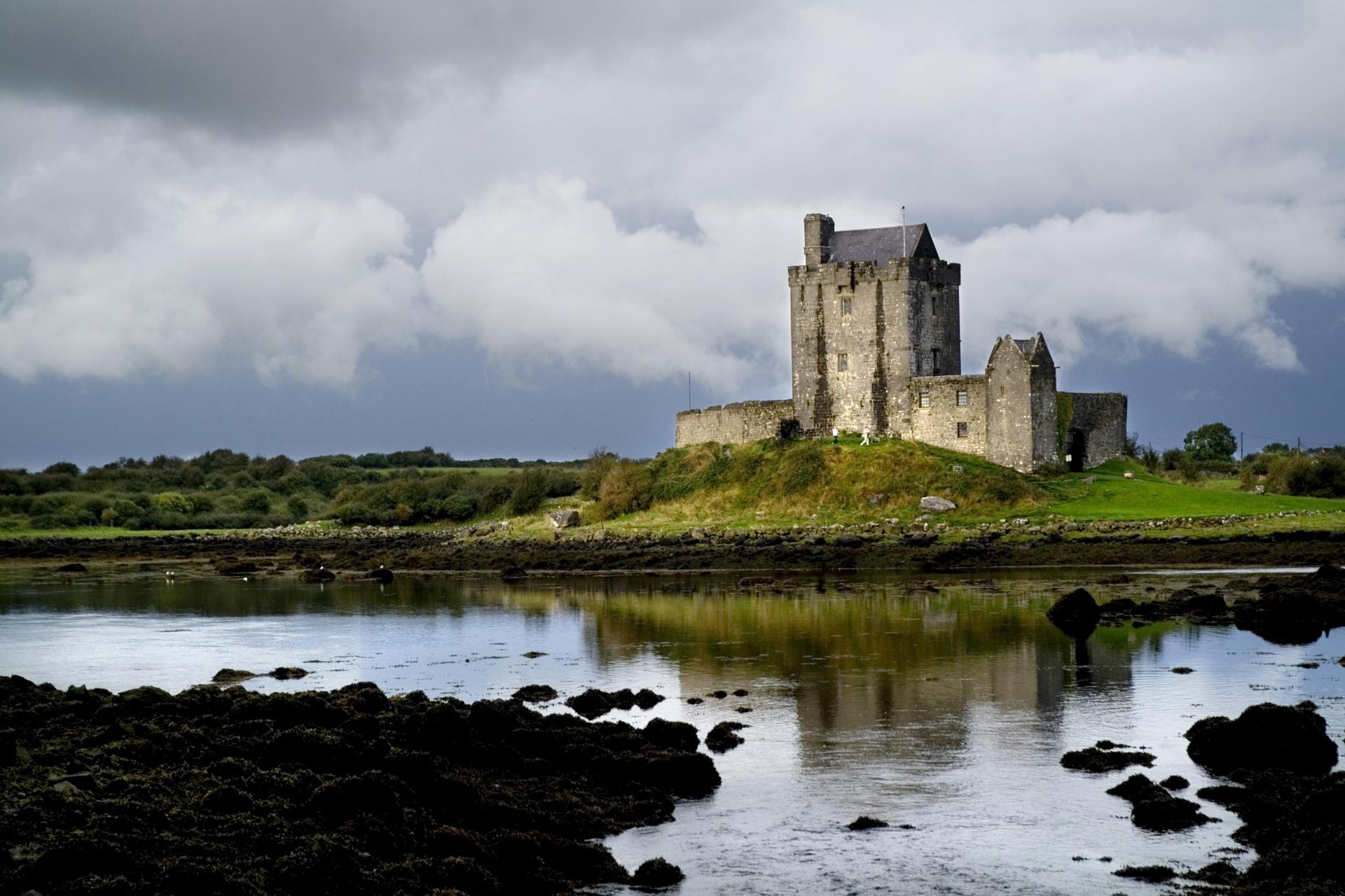 Dunguaire Castle along a bicycle ride in Ireland; Photo:  Chris Hill