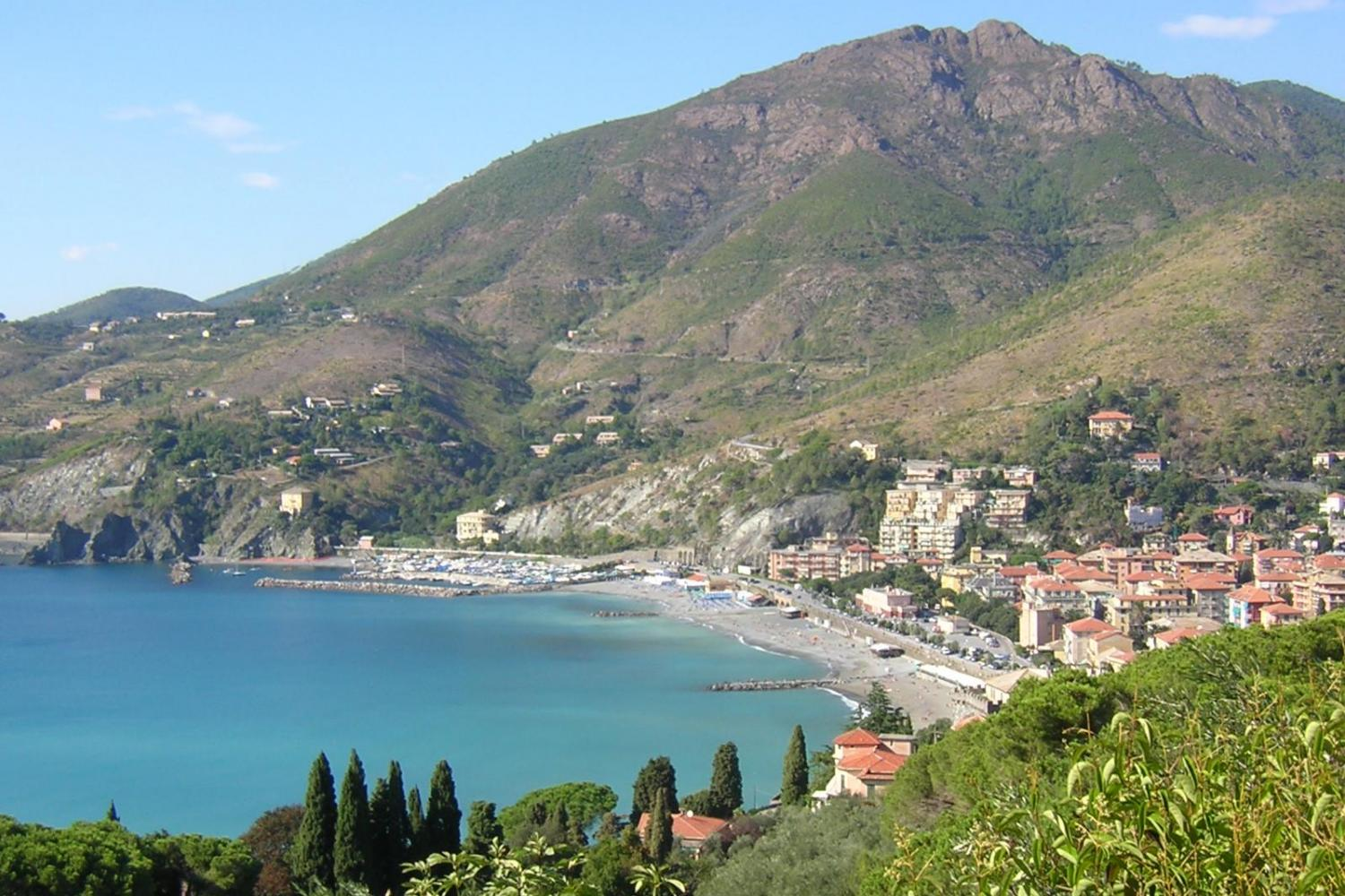 Beautiful view of the beach in Levanto!