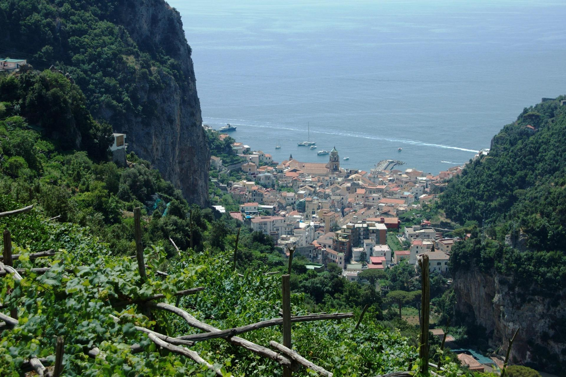 Amalfi coast hiking tour of Italy, self guided freedom to go any date!