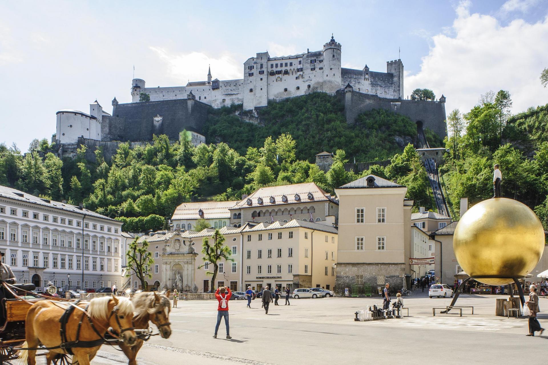 Salzburg to Vienna Mozart Bike Path and Danube Bike Tour