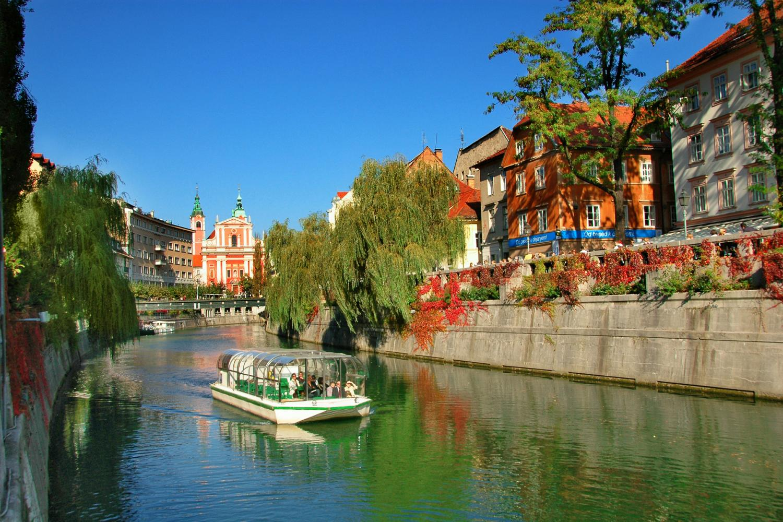 Slovenia bike tour alpes to sea