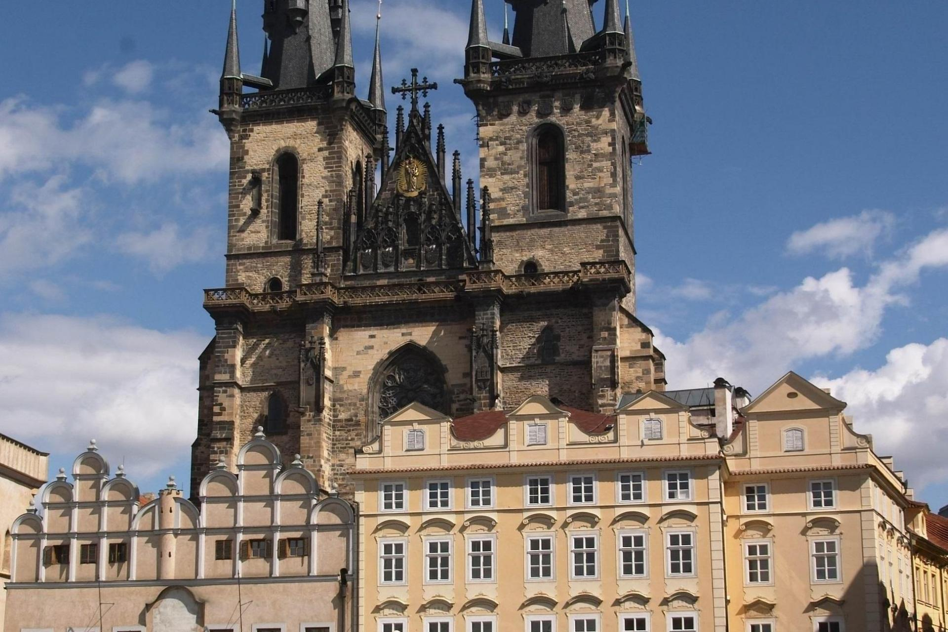 Czech Republic to Germany, Prague to Dresden cycling tour following Elbe River