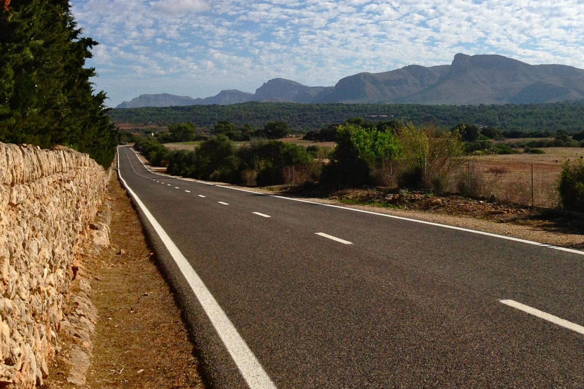 cycling the back roads of mallorca in spain