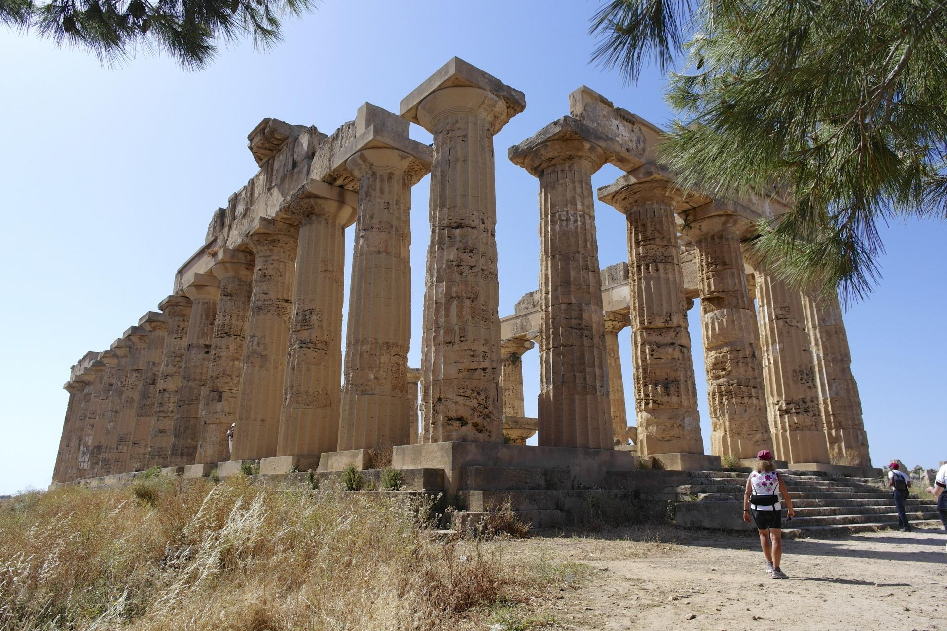 Visit historical sites throughout your Sicily bike tour