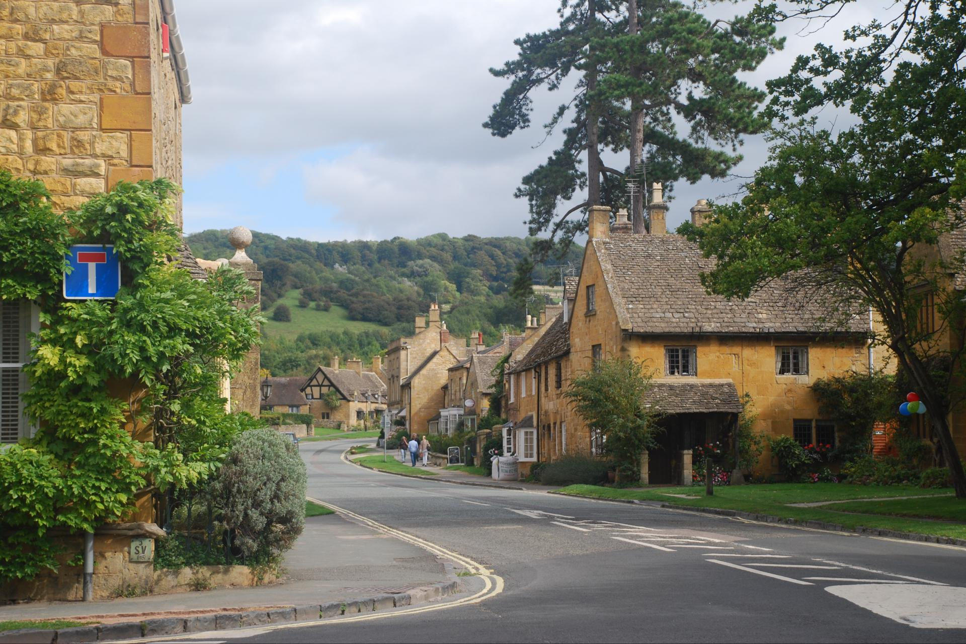 self guided bicycle tour in the cotswolds of England