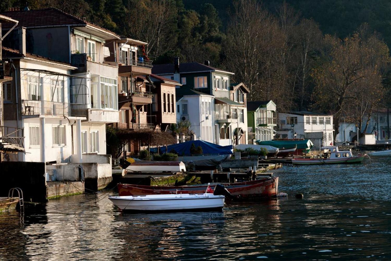 Yali's (houses on Bosphorus)