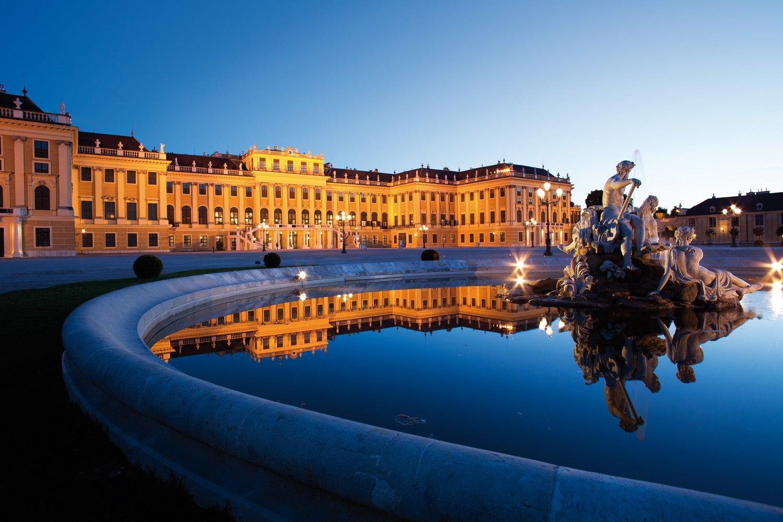 Romantic Vienna city break