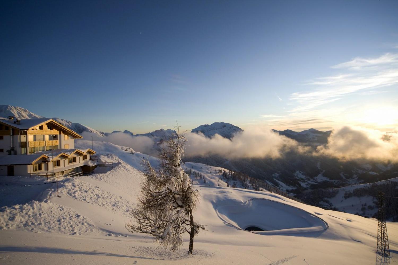 Maniva Ski Italy