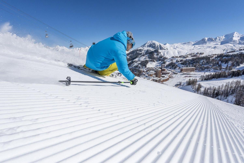 ski holiday Plagne Montalbert, photo by Tristan Shu