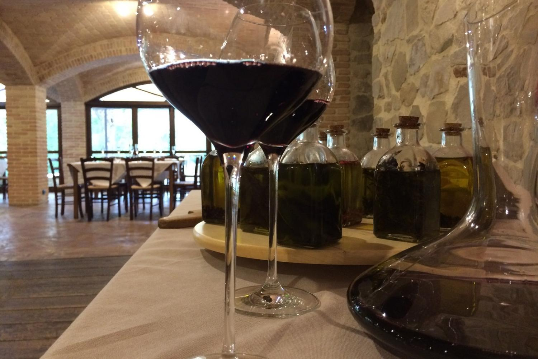 wine tasting in Umbria
