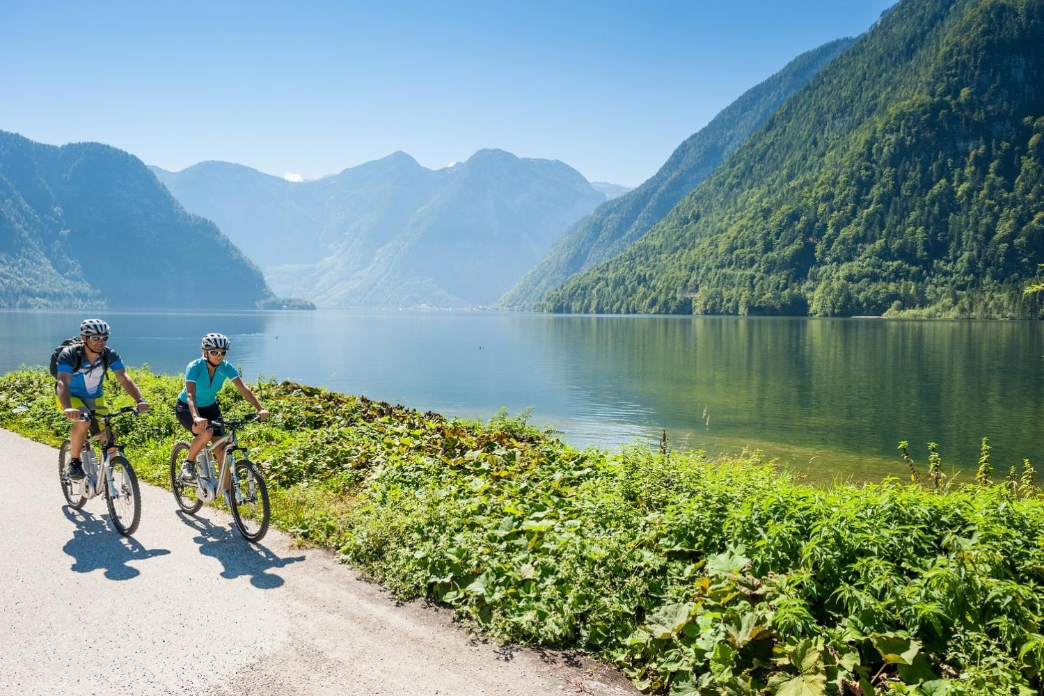 cycling Lake Hallstatt