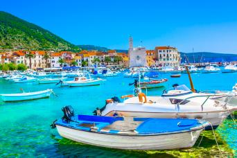 Highly Personalised Boat Tour from Split with Gray Line Croatia