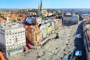 Zagreb City Walking Tour with Gray Line Croatia