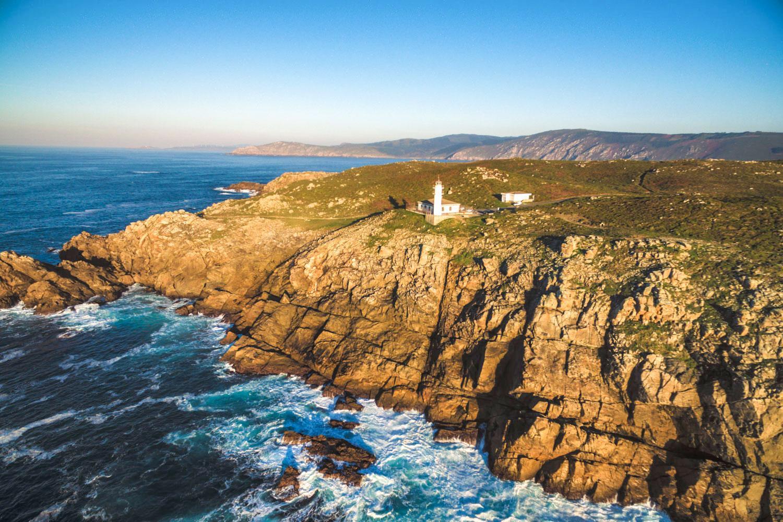 Der Leuchtturmweg: Küstenwandern bis ans Ende der Welt