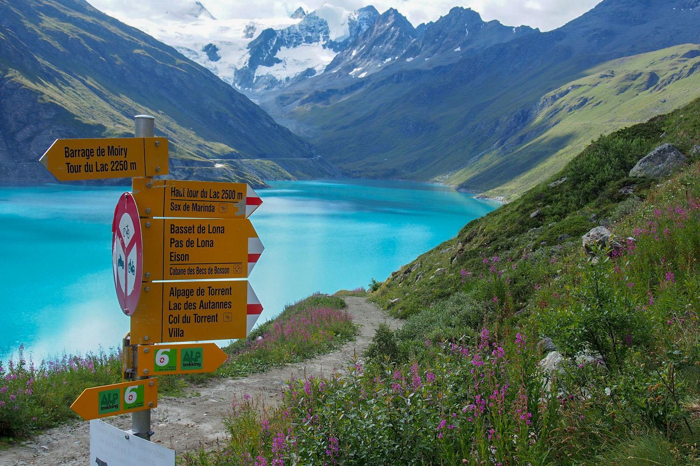 Wandern im Val D'Anniviers: Am Lac de Moiry