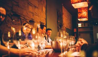 Wine Tasting Walking Tour with tapas in Barcelona - Barcelona wine city tour Spanish wine tasting
