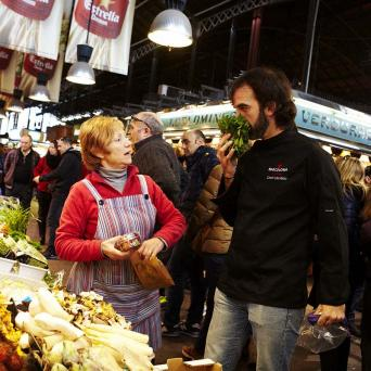 Market visit & Spanish cooking class in Barcelona - Cooking Classes in Barcelona wine